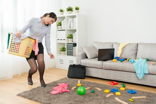 8 Advantages Of Hiring Weekly House Cleaning Service